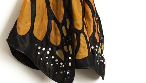 Uszyte skrzydła motyla - pomarańczowy motyl